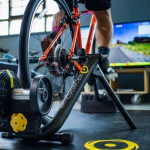 MAGNUS INDOOR SMART TRAINER